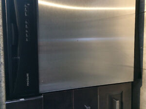 Fridigaire Built-in Stainless Steel Dishwasher $300 obo