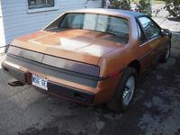1984 Pontiac Fiero Coupé