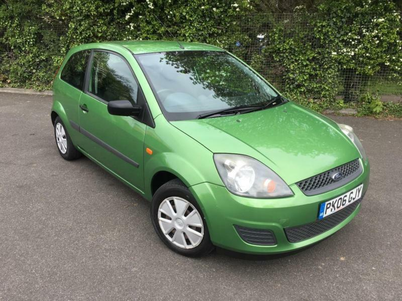 ford fiesta  studio green  door hatchback petrol