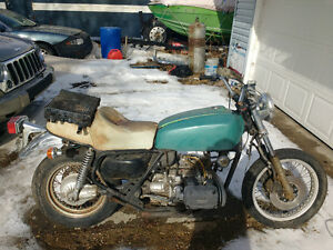 gold wing for parts
