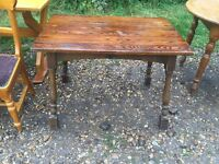 Solid pine table ideal for painting