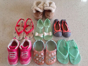 Shoes for a girl, size 18-24 months & size 8 Gatineau Ottawa / Gatineau Area image 1