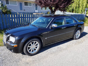 2005 Chrysler 300-Series 300C Sedan
