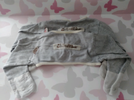 Cross over ScratchSleeves. Egzema sleeves 9-12 months