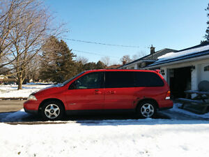 2003 Ford Windstar $600