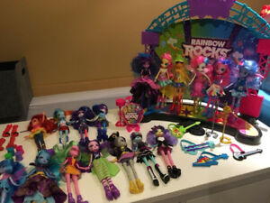 Huge lot/Énorme lot   Equestria Girls/My Little Pony