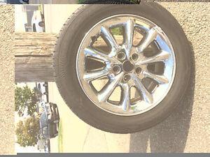 4 pneus d'été montés sur mag