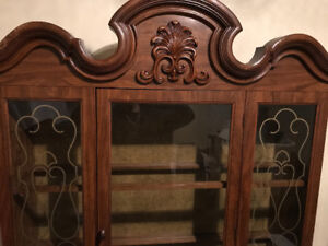 Beautiful Hutch Top 3 glass shelves large glass door chestnut tr