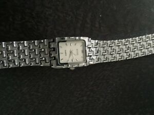 women's watch BRAND NEW