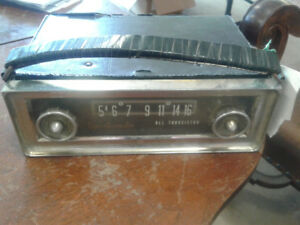 Portable car radio