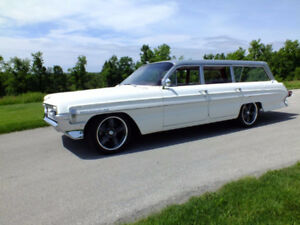 1961 oldsmobile wagon PRICED TO SELL