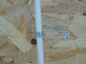 Fiberglass Fence Post with wire clip