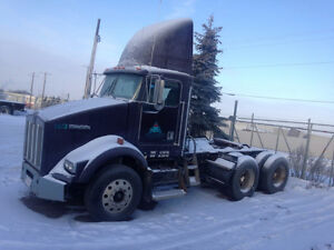 2001 Kenworth T800 day cab for sale!