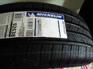 215/65/16 MICHELIN DEFENDER... (FLAMBANT NEUF)