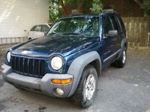 JEEP LIBERTY 2002 Sport 4x4/208300 Km-/Manual - $1800 CASH ONLY