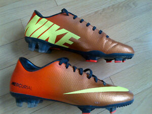 MERCURIAL Nike Soccer Shoes 7.5 (FG) Kitchener / Waterloo Kitchener Area image 2