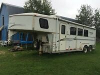 2000 Trails West 3 Horse Slant Trailer