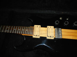Aria Pro 11 TS-300 Thor Sound 1979-Fender Hot Rod Deluxe 111