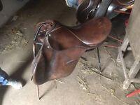 """17"""" English leather gp saddle"""
