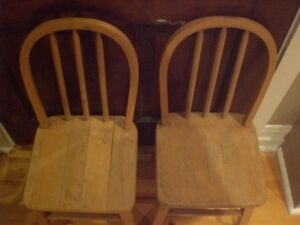 Solid Wood Children's Chair -- Two Available Kawartha Lakes Peterborough Area image 3