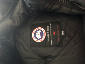 Men's limited edition Canada Goose winter coat size medium black
