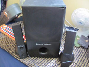 computer speakers with sub woofer