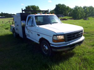 1994 Ford F-350 truck with deck