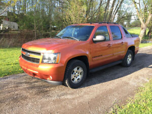 2007 Chevrolet Avalanche LTZ * Leather * roof * 4WD *****