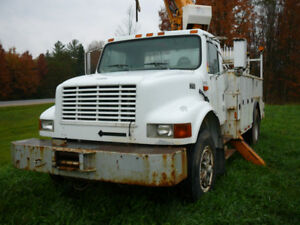 1997 International Bucket Truck - GONE TO NO RESERVE AUCTION