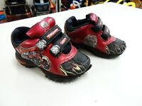 Sneakers size 8