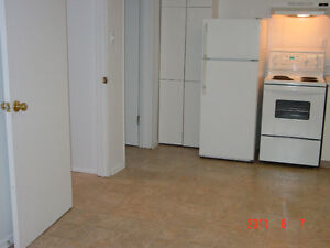 UofS:3 bedroom basement+ALL utilities+internet, laundry included