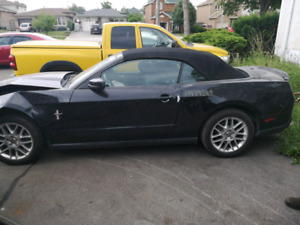 2012 Ford Mustang Convertible V6