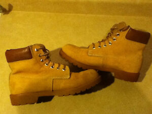 Men's Hardy Leather Boots Size 8.5 London Ontario image 4