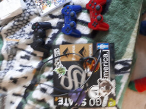 PS3 & 3 Controllers & HDMI & 20+ games