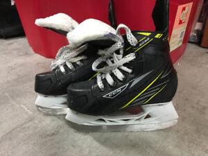A vendre Patin hockey skate for sale