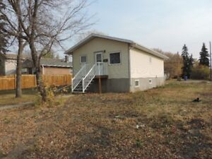 Perfect Starter Home & Huge Lot
