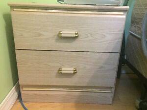 2 Drawer Nightstand / Dresser