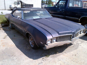 1969 OLDS CUTLASS CONVERTIBLE  with ontario ownership