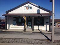 Espace commerciale a Louer   Commercial space for Rent