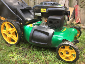 "Weedeater 21"" 550 OHV 140cc lawnmower w/bag"