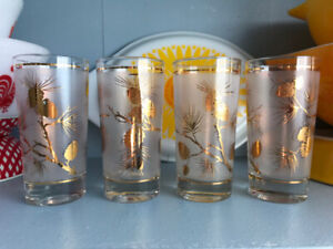 Vintage Tall Frosted Glass Tumblers, Gold Pine Cones, x4