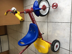 Tricycle for toddler - Radio Flyer for sale - $20.