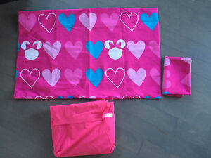 Girls bedding - double sheet set & blankets