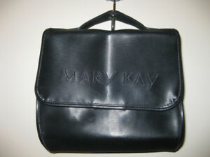 Mary Kay cosmetic bagPICK-UP ONLY