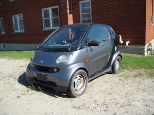 2005 smart fortwo pure coupe for parts or repair