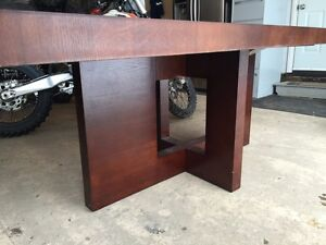 Solid Wood Table Only $250 (needs a bit of repair) Strathcona County Edmonton Area image 3