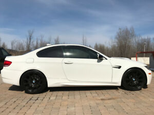 BMW M3 2010 coupe 2 doors