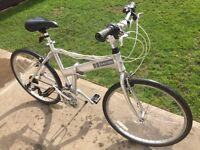 Dahon fold up hybrid mountain / road bike