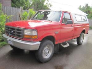 1996 Ford F-250 XL 4x4 Pickup Truck