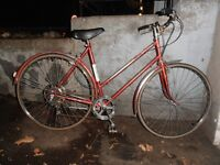 Women's  Raleigh Sprite 5 Speed Cruiser, made in England.